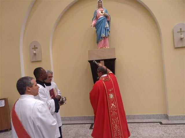 Entronização imagem Imaculado Coração de Maria