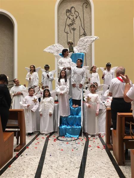 Coroação de Nossa Senhora na Comunidade Matriz
