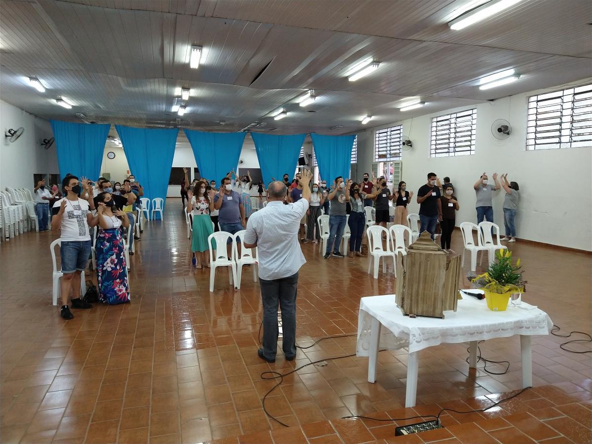 17 casais participaram da preparação para o Matrimônio